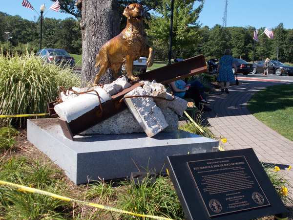 Search and Rescue Dogs of 9/11/2001 Statue